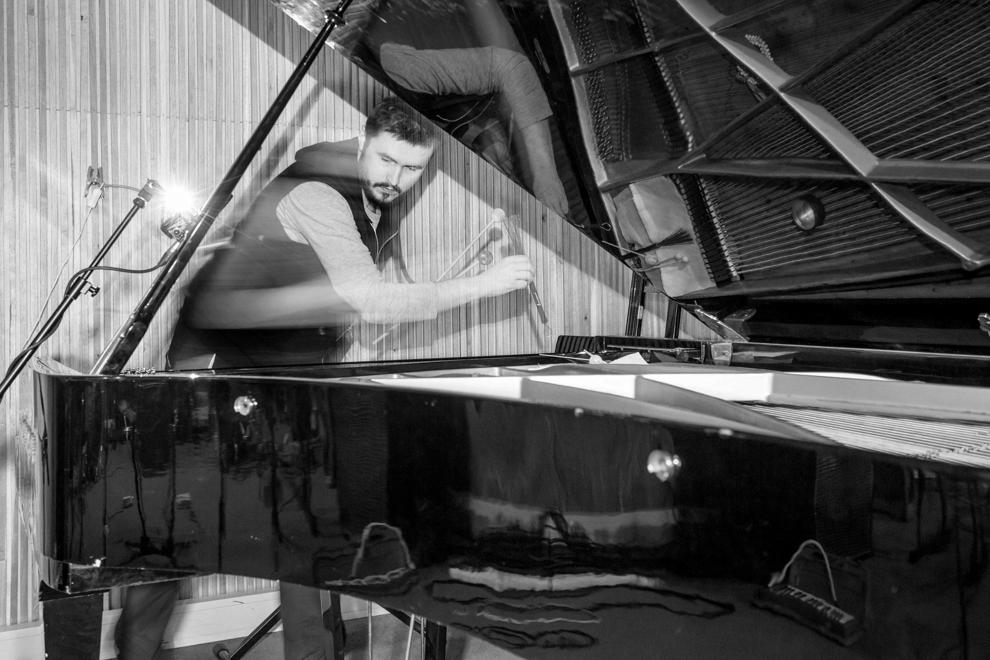 Mammoth Ulthana – Jacek Doroszenko and Rafał Kołacki, Particular Factors – recording session, Quality Studio, Warszawa