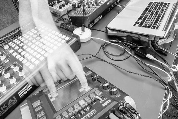 Mammoth Ulthana – Jacek Doroszenko, Rafał Kołacki, electronic recording session