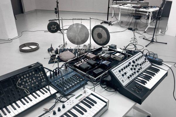 Mammoth Ulthana – Jacek Doroszenko, Rafał Kołacki – recording session, Fabryka Sztuki, Łódź 2021